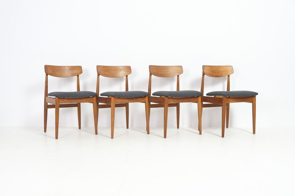 4 chairs by Casala